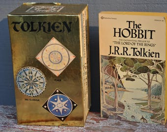 Lord of the Rings, Box Set, Vintage Books, J.R.R. Tolkien, The Hobbit,  The Two Towers, The Fellowship of the Ring, Return of the King,
