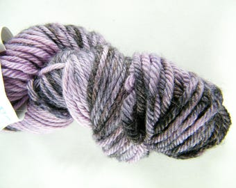 100% Superwash Merino Wool Yarn - Purple and Black - Worsted Weight - 100g - 189 yards - Tide - Handdyed - Handpainted - Made in Canada #485