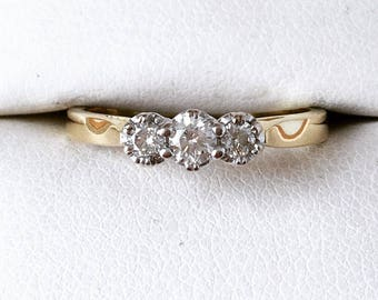 18ct Gold 0.25ct Diamond Trilogy Ring