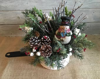 Winter Snowman Arrangement in White and Black Enamel Pan, Vintage Winter Snowman Centerpiece,