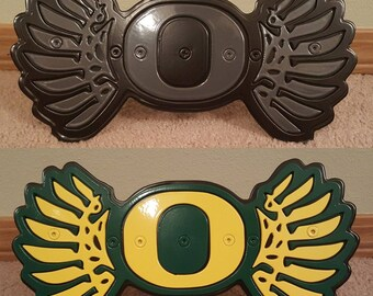 Oregon Ducks w/ Wings Custom Hitch Cover