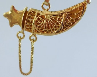 Pendant Sabre gold, 18 CT.