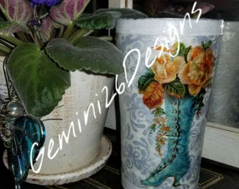 Victorian inspired stainless steel 20 oz tumbler
