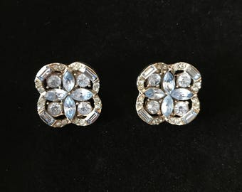 Vintage Beautifal Rhinestone Clip on Earrings 1960's