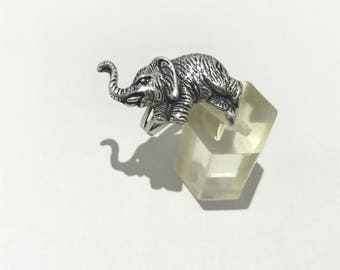 Silver ring 925 elephant size 55.
