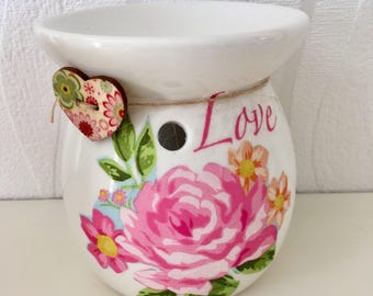 Mother's Day hand decorated wax burner, oil burner, home decor, wax melts, womens gifts