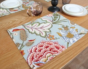 Set of 2 Premium Floral Print Quilted Placemats Perfect for Dining Table