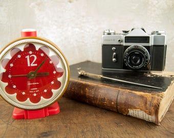 Soviet Desk Clock, Russian Alarm Clock, Retro Clock, Soviet Alarm Clock, Vintage Clock, Vintage Alarm Clock, Art Deco, Office Decor Clock