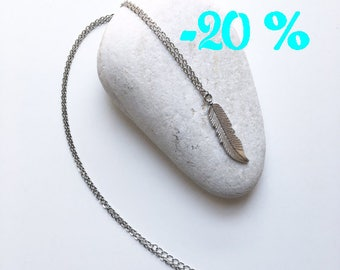SUMMER SALE / / / boho feather necklace