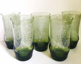 5 Large Avocado Green Patterned Tumblers  // Set of 5 Large Green Glasses // 1970's