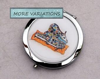 Small Mirror - Round Mirror - Compact Mirror - Hand Mirror - Metal Mirror - Magnifying Mirror -  - Cute Mirror - Giraffe Mirror