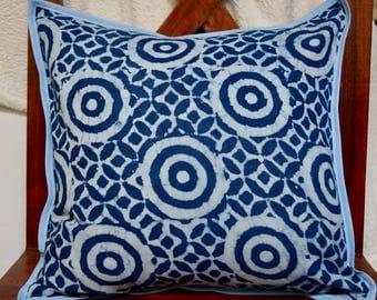 Indigo series has: Cover cushion 40x40cm (16 x 16), Indian, geometric, natural indigo dye.