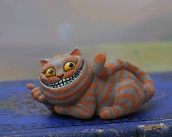 "Figurine ""Cheshire Cat"" cat of Cheshire/Alice's Adventures in Wonderland/Lewis Carroll/Alice in Wonderland/Alice/art doll/cat/art"