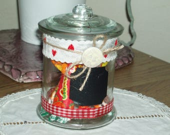 """small candy box style retro country """"hearts""""."""