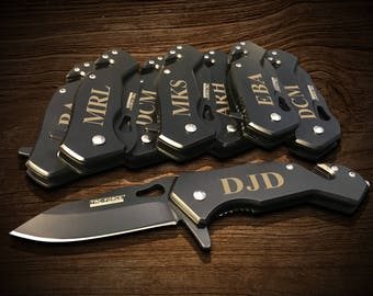 11 Engraved tactical knife Wedding gift set - 11 piece Groomsman gift set - Bridesmaid pocket knife gifts - Personalized pocket knives