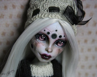 Monster high repaint doll by Vlad Aksis free shipping doll repaint monster high ooak doll