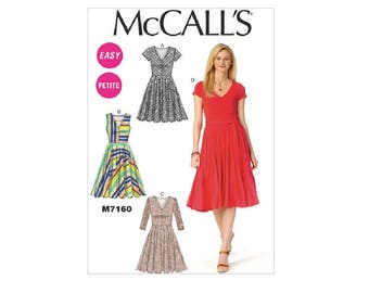McCall's 7160 - Easy Petite Dresses and Belt Pattern