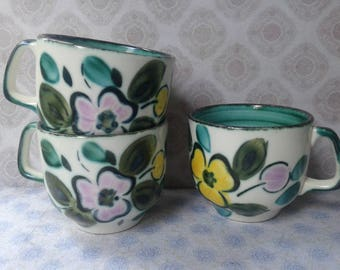 3 cup and 3 saucers, Boch, In the Mood, Made in Belgium