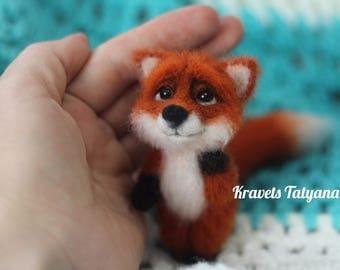 Needle felted fox, felted little fox, needle felted animals, felt toy, toy fox, felting, cute toy, felt fox, gift, handmade, wool figurine