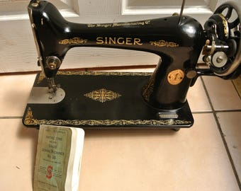 Singer 66K Hand-Crank Vintage Sewing machine Y5053012(1927) with Instruction Manual