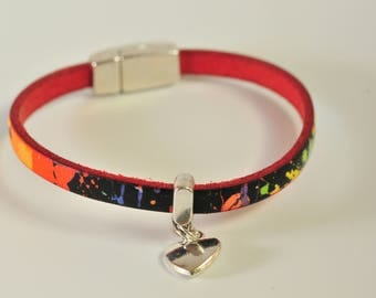Multicolor printed leather strap and metal heart
