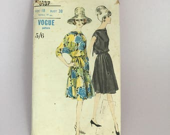 1960s Vintage Vogue Sewing Pattern Dress with Cowl Front neckline, dolman sleeves  6137