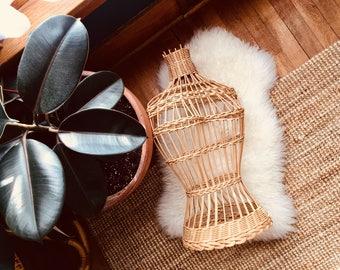 Vintage - Wicker - Dress Form
