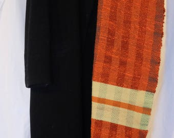 Hand woven scarf made of Flammgarn