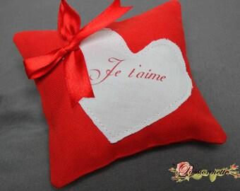 """I love you"" for Valentine cushion"