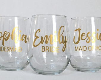Personalized Wine Glass - Bridal Party - Bridesmaid Maid of Honor Bride Stemless Wine Glasses - Gold Wedding Wine Glasses - Bachelorette