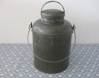 Vintage 1 Gallon Metal Milk Cream Can Jug Pain w/ Wire Bail and Lid
