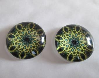 2 20 mm printed mandala round glass cabochons