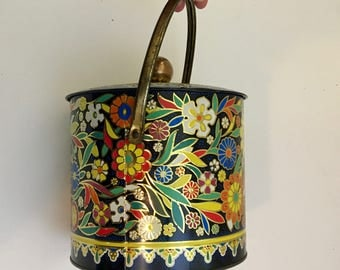 Retro Flower Patterned Tin / Handled Vintage Biscuit Tin / Vintage Daher Candy Pail