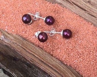 6.0mm petite merlot red sterling silver earrings