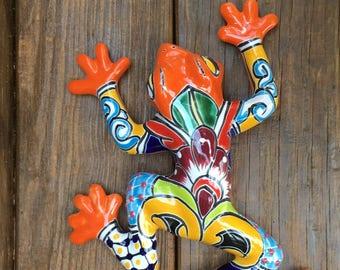 Frog / Wall Frog / Talavera Frog / Handpainted Talavera Frog / Talavera Wall Frog / Rana / Frog Figurines / Garden Frog