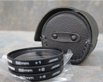 TIFFEN Close Up Lens Set 52 MM +1, +2, +4 With Case