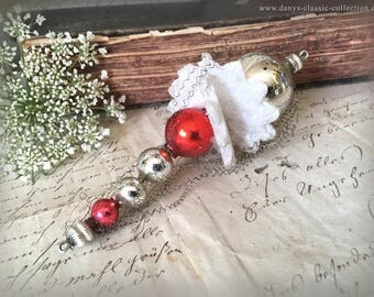 Vintage christmas ornament silver red glass balls fine crimped wire foam star