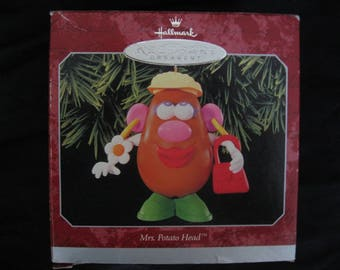 Hallmark Keepsake Ornament Mrs. Potato Head 1998