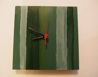 green stripe hand made quartz wall clock