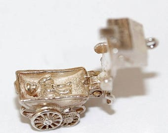 Vintage Sterling Silver Bracelet Charm Opening Baby Carriage (3.7g)