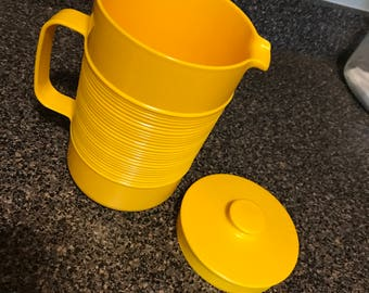 Vintage Retro Rubbermaid Pitcher