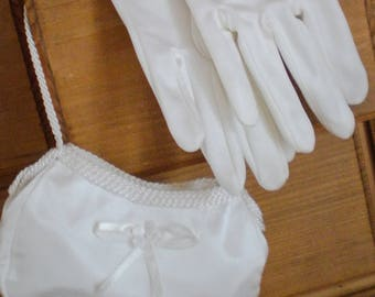 Vintage: bridal purse and gloves from 1968
