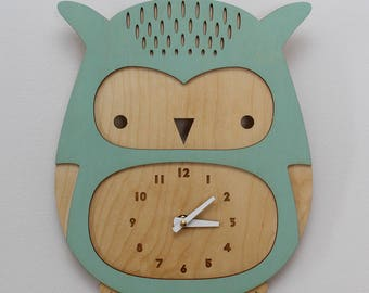 wooden owl clock, cool mint • modern nursery decor • baby shower gift • woodland theme • laser cut • baby shower gift