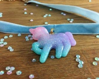 Glitter Unicorn of chocker necklace