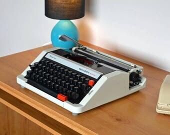 Typewriter. Remington Performer Portable 1974 Fully serviced
