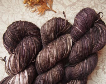 Dark Chocolade Superwash Merino - hand dyed yarn