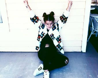 VINTAGE 1980s Foreign Flags Bomber Jacket - White & Multicolor