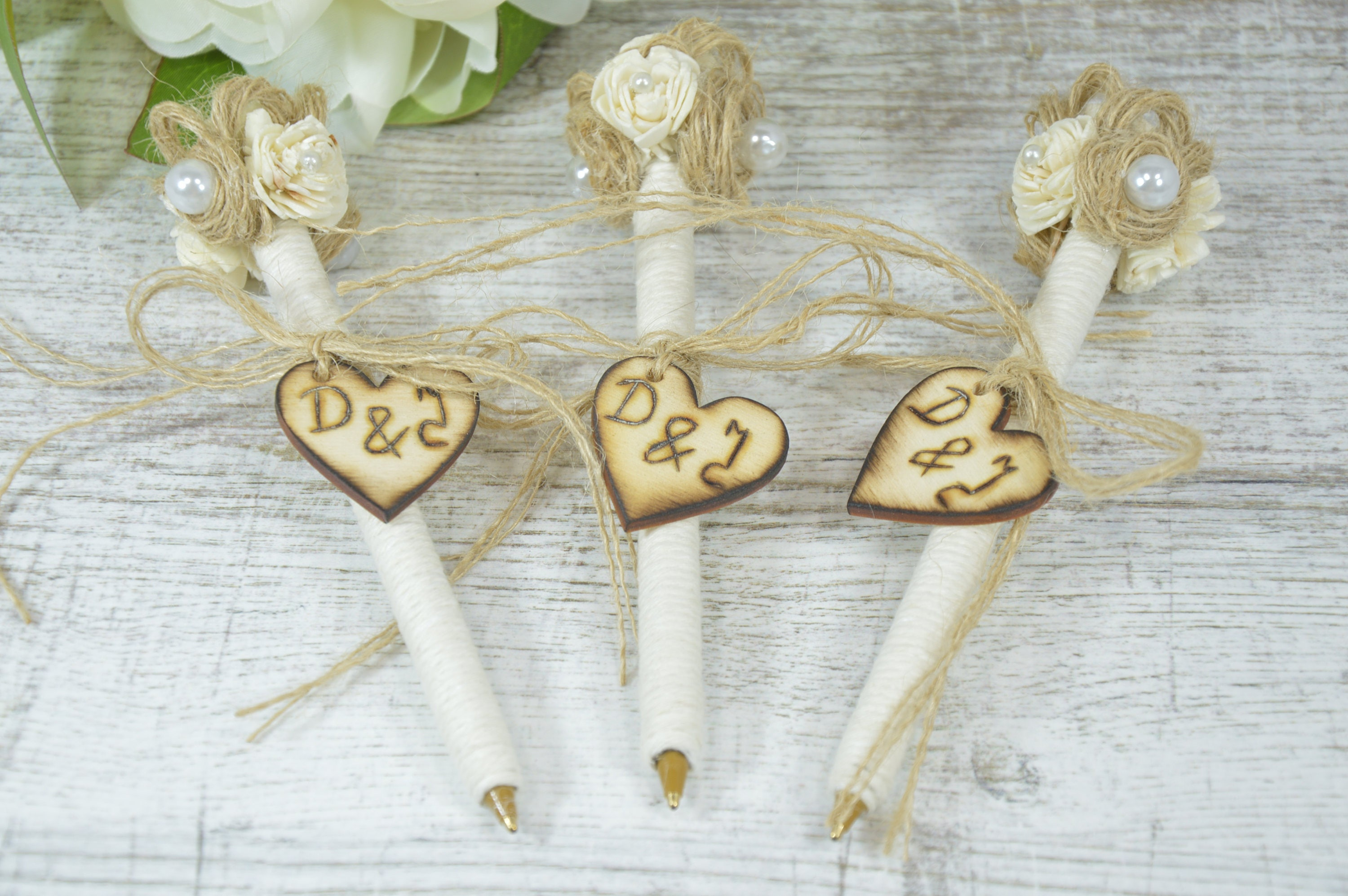 Rustic Wedding Guest Book Pen, Twig Pen Wedding Favours ...