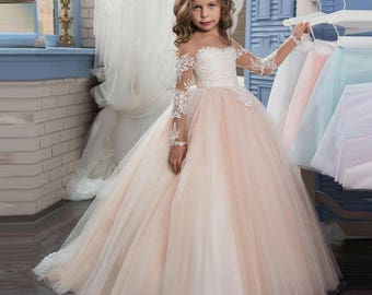 2017 New Puffy Lace Flower Girl Dress for Weddings Long Sleeves Ball Gown Girl Party Communion Pageant Gown Vestidos