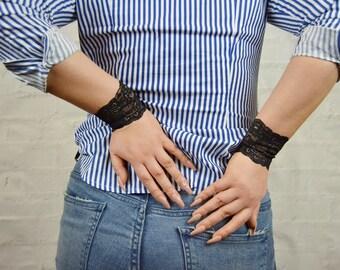 Wrist Cuff Bracelet, Wrist Tattoo Cover up, Stretch Bracelet, Lace Bracelet, Wristband, Lace Wrist Cuff, Lace Jewelry, Arm Cuff, wU7068